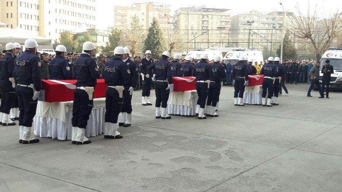 Diyarbakır şehitleri memleketlerine uğurlanıyor