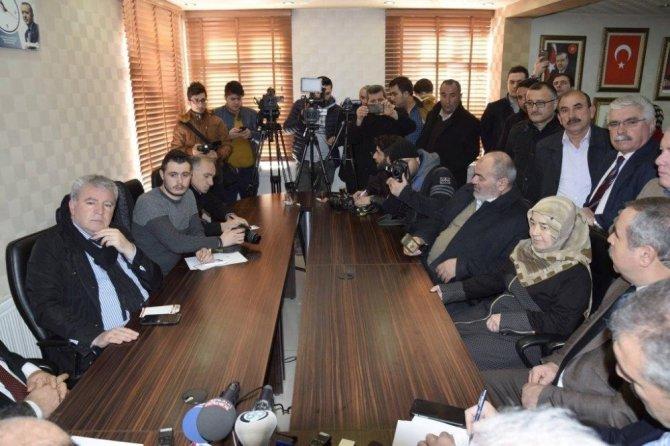 AK Partili vekiller vatandaşlarla biraraya geldi