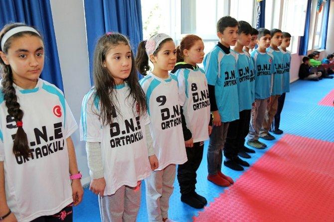 Çocuklar spor sınıfına kavuştu