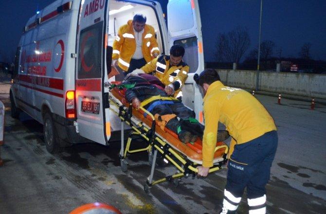 Kamyonun çarptığı yaya yaralandı