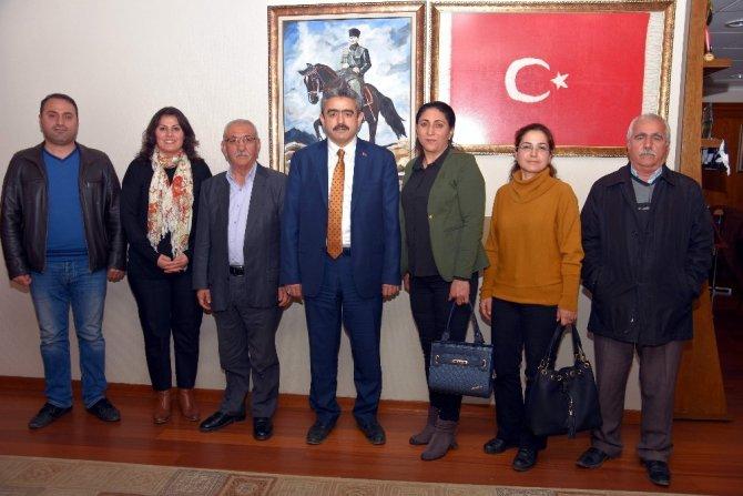 Başkan Alıcık'ı dayanışma gecesine davet ettiler