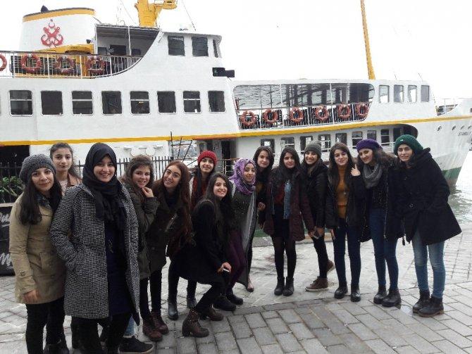 Cizreli öğrencilerin İstanbul hayali gerçeği dönüştü