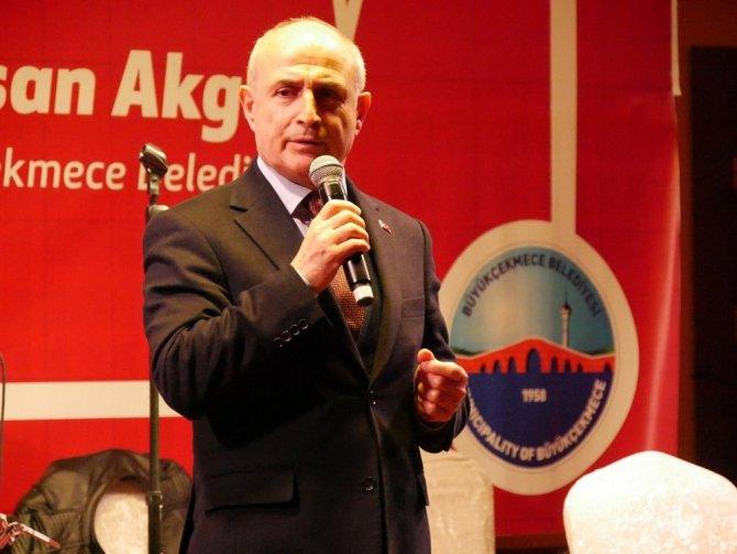 """Başkan Akgün: """"Doktorluk insanlık adına çok ulvi bir meslektir"""""""