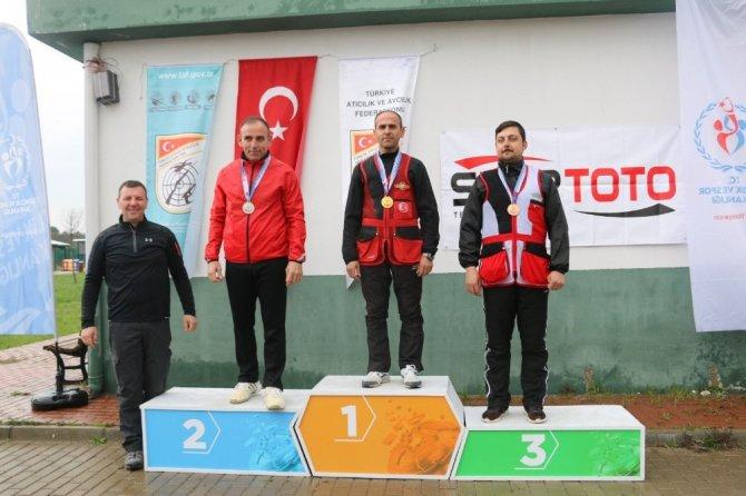 Mersin ve Bursa'da atıcılık heyecanı