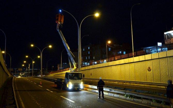 Dicle Elektrik, Diyarbakır'da 9 bin sokak lambasını yeniledi