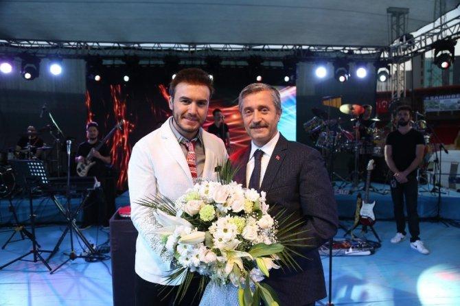 Gaziantep Mustafa Ceceli ile coştu