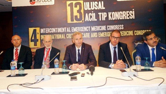 Acil servisin devleri Antalya'da buluştu