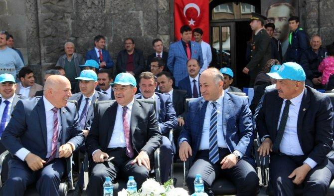 Sağlık Bakanı Akdağ gençlere seslendi: