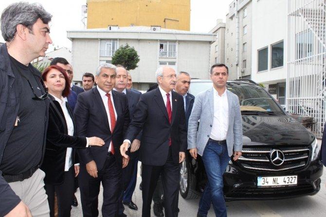 CHP Lideri Kılıçdaroğlu'ndan Sözcü Gazetesi'ne destek ziyareti