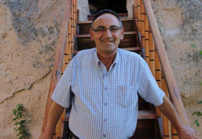 Kapadokya'da 6 katlı peri kafe büyük ilgi görüyor