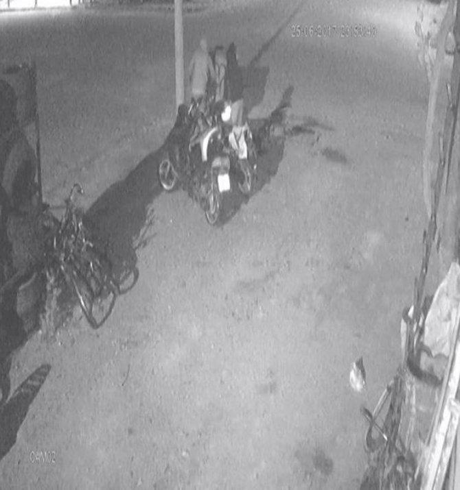 Önce tuvaletini yaptı sonra motosikleti çaldı