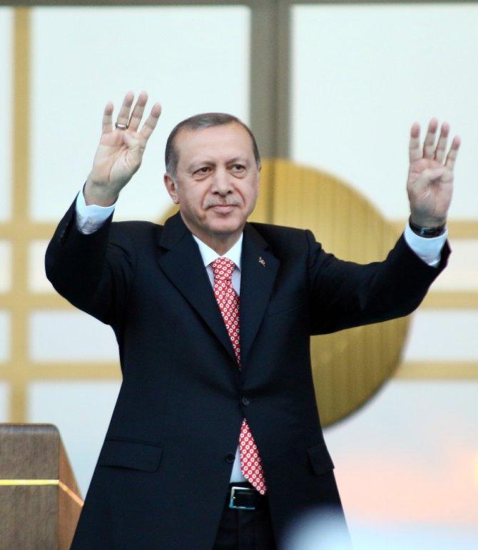 """Cumhurbaşkanı Erdoğan: """"Yarınki MGK toplantısında OHAL'in uzatılmasını talep edeceğiz"""""""