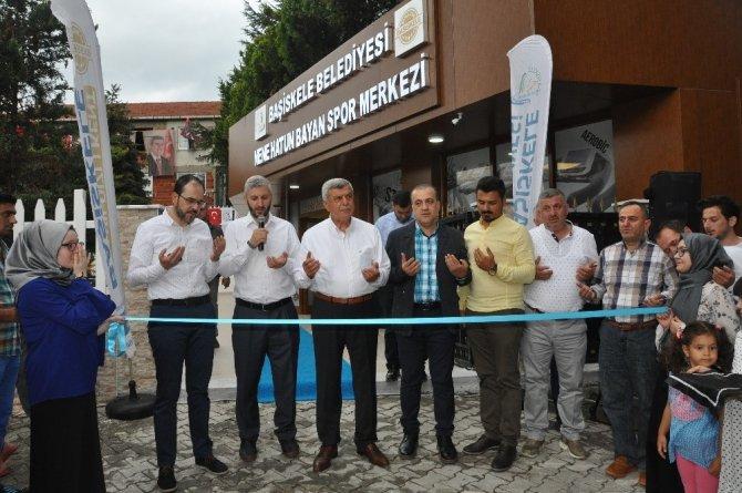 Başiskele'de yen spor merkezi hizmete açıldı