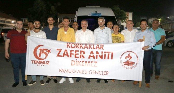 Pamukkaleli gençler Ömer Halisdemir'in mezarını ziyaret etti