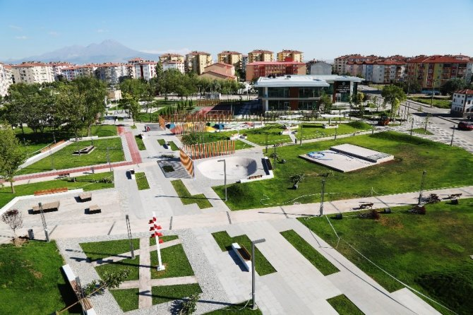 aksaray-belediyesi-tarafindan-yapilan-sehrin-ilk-ve-tek-tematik-parki-001.jpg (670×446)