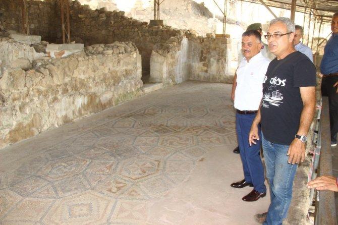 Vali Yazıcı Antandros'u ziyaret etti