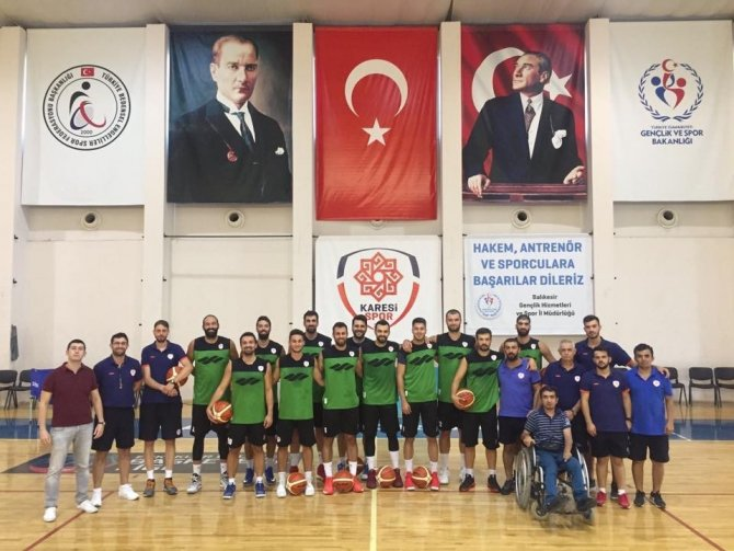 Karesispor'da hedef Tahincioğlu Süper Lig