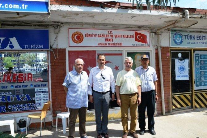 Cem Hamzaoğlu'dan gazilere anlamlı ziyaret