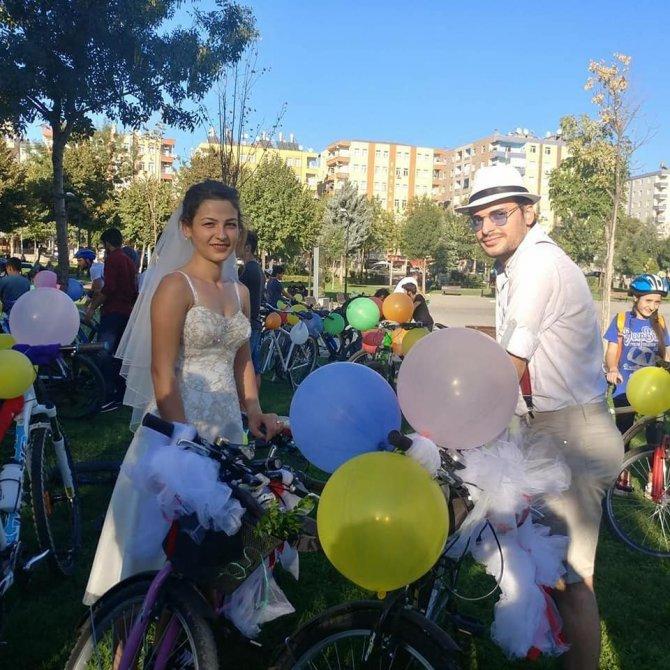 Diyarbakır Diyarbakır olalı böyle düğün konvoyu görmedi