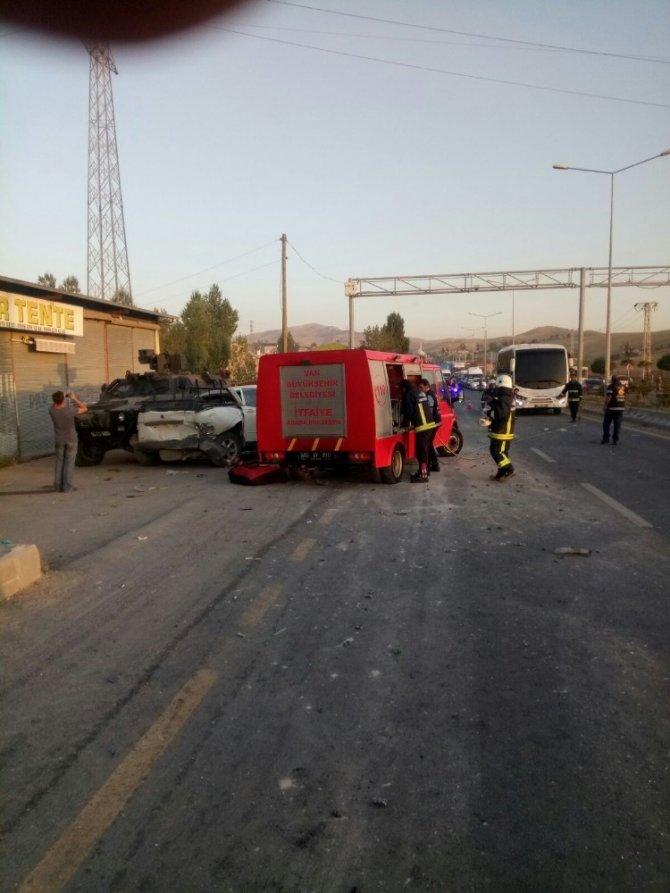 Van'da trafik kazası: 4 yaralı