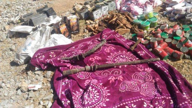 Hakkari'de PKK cephaneliği bulundu