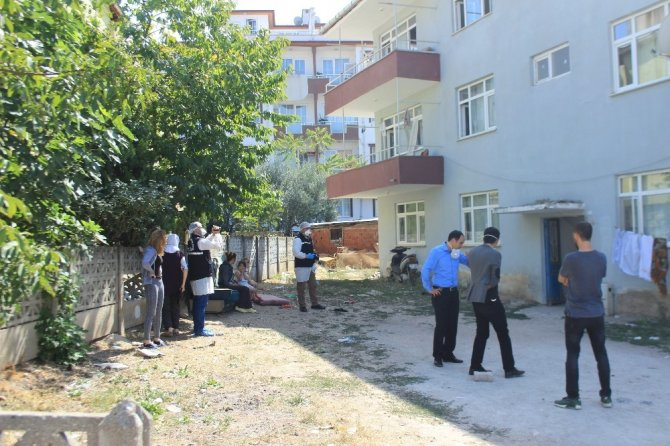 Osmaneli'de bir kişi evinde ölü bulundu