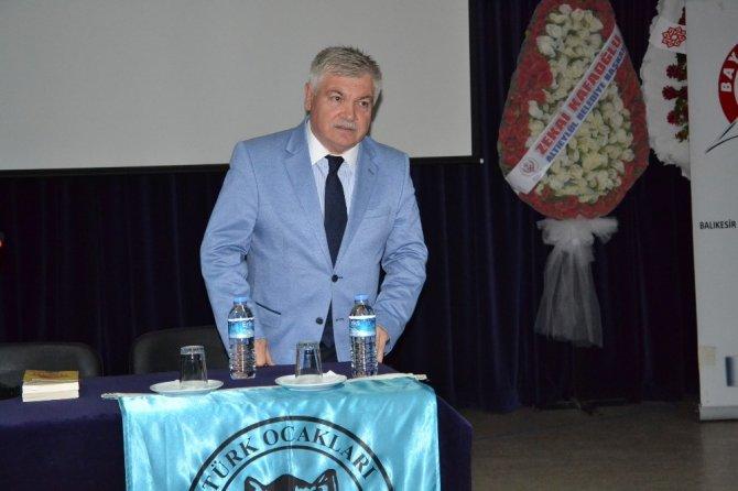 Prof. Dr. Sönmez Kutlu konferans verdi