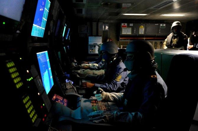 Mayın avlama gemileri düşmana korku salıyor