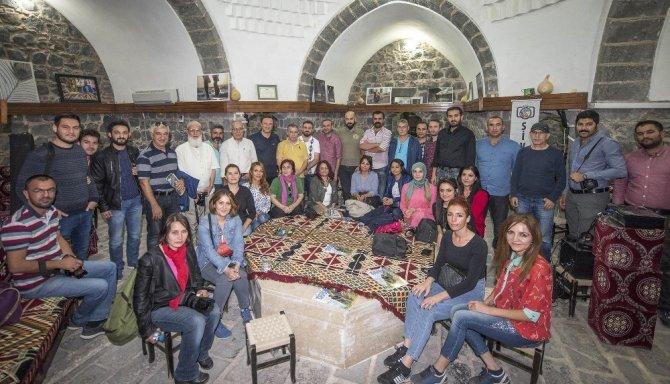 Fotoğrafçılar Diyarbakır'da buluştu