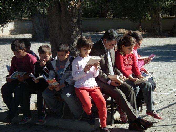 Havran'da kitap okuma etkinliği