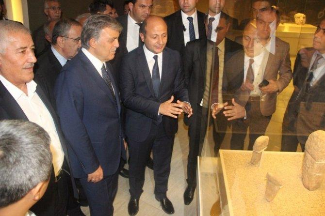 11'inci Cumhurbaşkanı Abdullah Gül Şanlıurfa'da