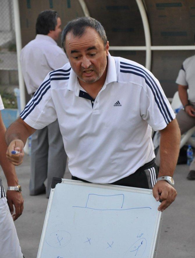 Engin Fırat Moldova yolcusu