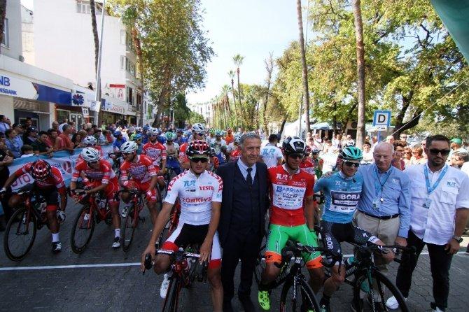 Cumhurbaşkanlığı Bisiklet Turu Fethiye-Marmaris etabı başladı