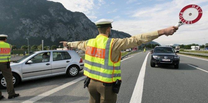 Almanya sınır kontrollerini uzattı