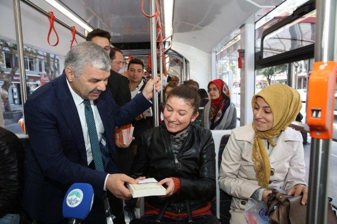 Başkan Çelik'ten kitap fuarına özel davet