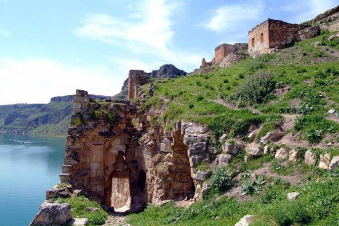 Fırat'ın İncisi: Rumkale kitabı çıktı