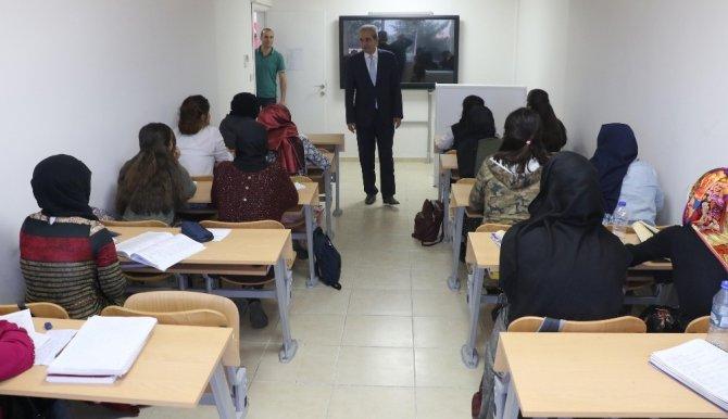 Haliliye'de eğitim merkezleri gece yarısına kadar açık