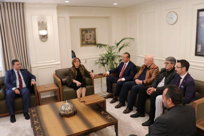 KKTC Turizm ve Çevre Bakanı Fikri Ataoğlu, Fatma Şahin'i ziyaret etti
