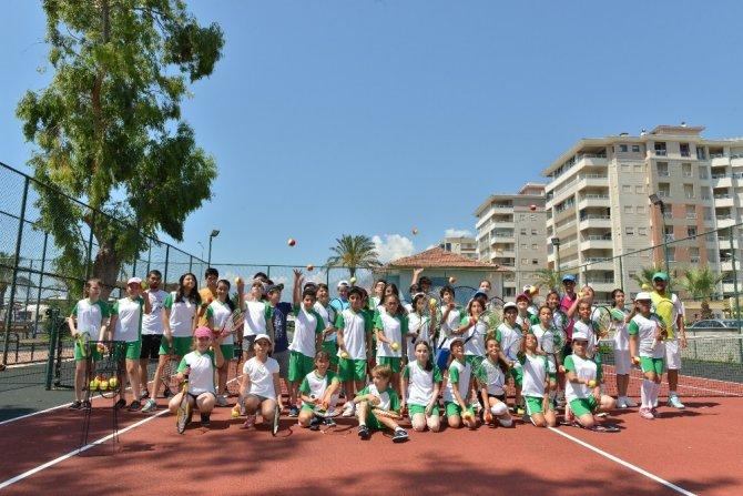 3. Cumhuriyet Tenis Turnuvası başlıyor