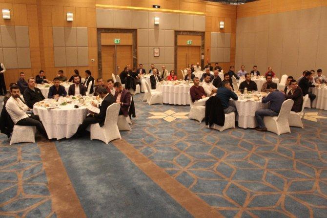 AVM kiracılarıyla toplantı düzenledi