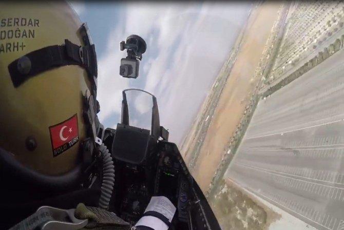 Solotürk pilotu Konyalılara böyle seslendi