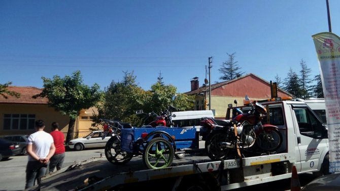 Trafik uygulamasında motosiklet sürücülerine ceza yağdı