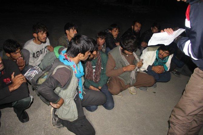 Sakarya'da 67 göçmen yakalandı