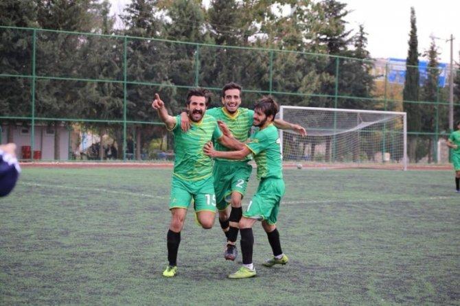 Adıyaman Belediyesi İşitme Engelliler Futbol Takımı:3- 1:Karşıyaka Duymazlar Spor Kulübü
