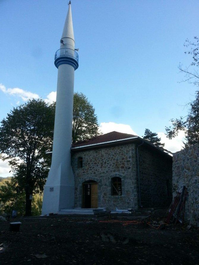 Servetiye Taş Camii şekilleniyor
