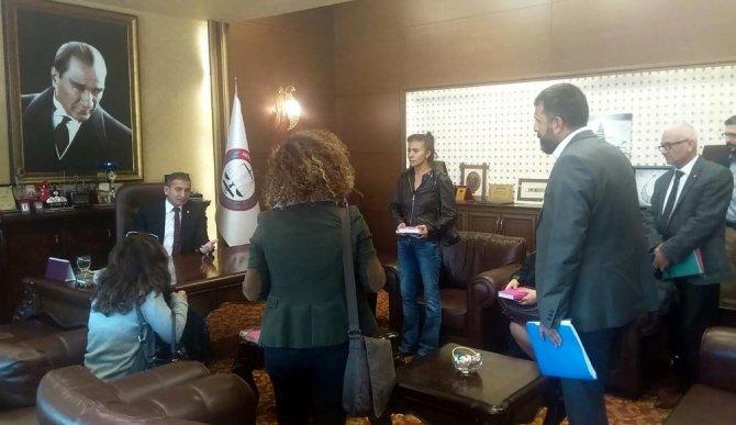 Mersin'de avukatlardan ajanda tepkisi