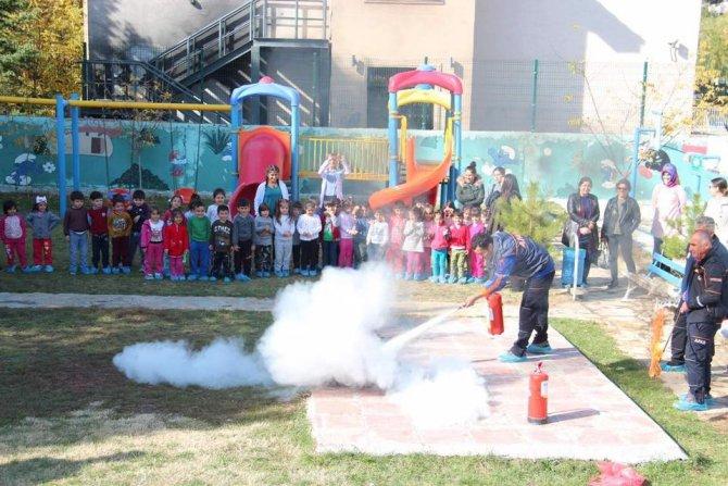 """AFAD'dan """"Temel afet bilinci ve yangın"""" eğitimi"""