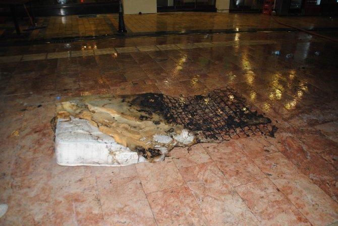 Otelde yangın çıktı 1 kişi yaralandı