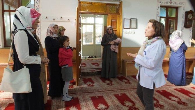 Camide kadınlara organ bağışı anlatıldı