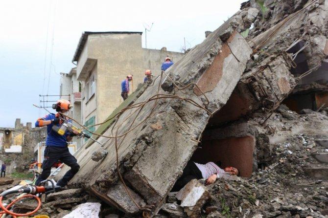 Trabzon'da UMKE'den deprem ve kimyasal saldırı tatbikatı